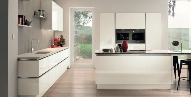 Avila – True Handleless – Gloss White